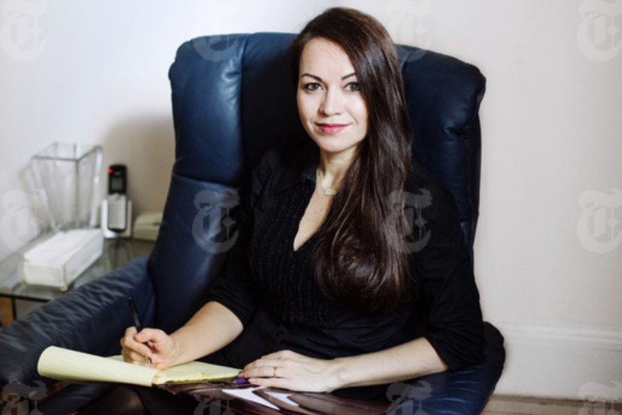 About AlphaMind founders - Hypnotist Elena Mosaner and